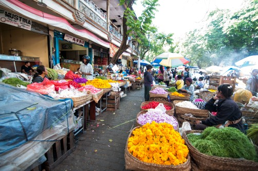 Vendors lined up at the beautiful busy Pasar Umum Gianyar Market.